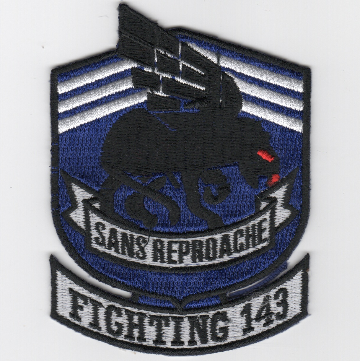 VFA-143 Squadron Patch (Small/Red Eyes)